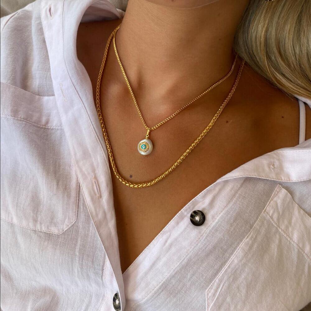שרשרת זהב עם תליון תליון פנינה ועין דגם מירי
